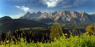 Das beeindruckende Dachstein-Massiv - ©TVB Ramsau | Höflehner