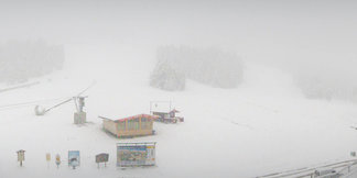 Mitte Oktober 2015: Schneefall in den Alpen - ©Facebook Zillertal Arena