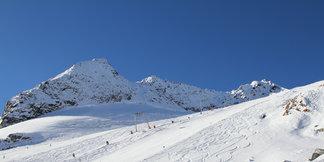 Snehové správy: Na ľadovcoch naďalej slnečno a sucho - ©Skiinfo