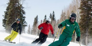 Men's Weekend Ski Clinic - ©Three Full Days