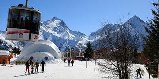 La saison de ski se prolonge jusqu'au 29 avril aux 2 Alpes - ©OT Les 2 Alpes / Monica Dalmasso