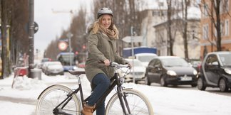 Schutz für die Hosenbeine beim Winterbiken: Immer schön sauber bleiben - ©www.pd-f.de | Gregor Bresser