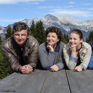 Die Bergdoktor-Familie - ©Susanne Sigl