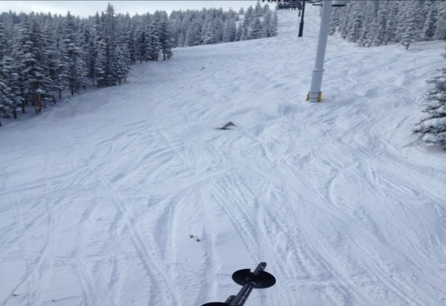 nice powder morning but getting crowded