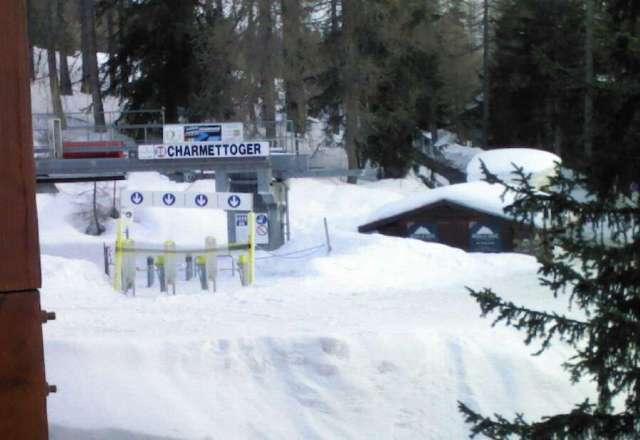 Tr?s bonne neige pour la saison, particuli?rement au dessus de 1900m. Retour ski aux pieds sur l'enti?ret? du domaine avec neige fondante l'apr?s midi en faible altitude.