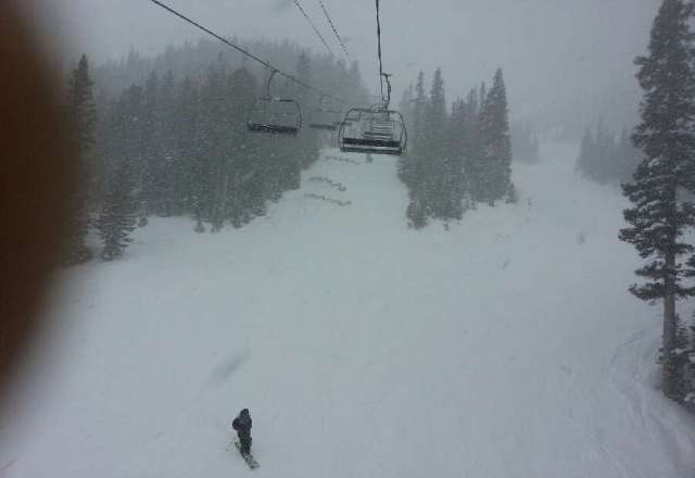 such a good day (sunday) pow everywhere.snow falling hard on the way out