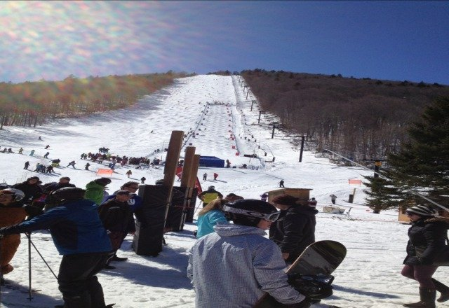 great weekend at the Beast. Great snow if you found the right spots. Cascade was awesome tiday. Lil Joe tore it up with Garoo. Congrats Sammy on your super 2nd place in Moguls Comp. Sullivan skiers rule!
