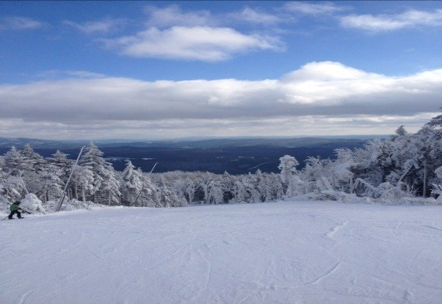 well groomed trails good conditions was bright and sunny and not too windy.. still some pow in the glades