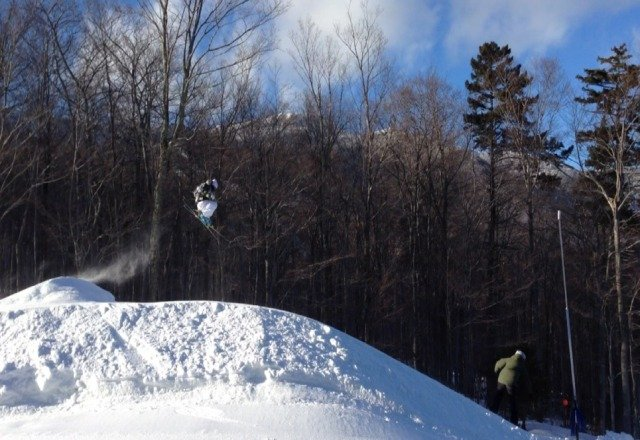 Got few inches at Stowe overnight...good conditions,  but big crowds. Heres photo of terrain park jump #powpow #goonsquad