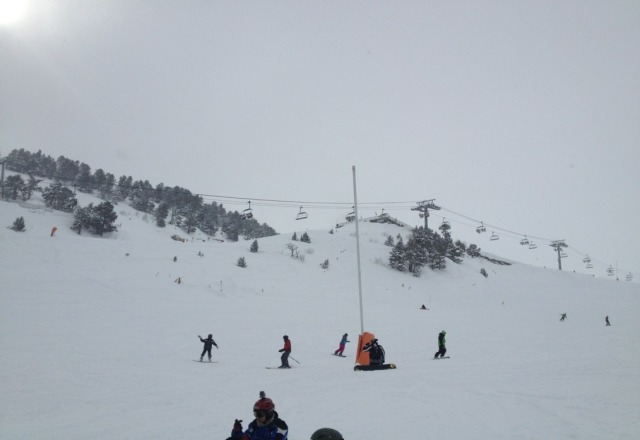 been in arinsal for a few days and it hasn't stopped snowing. great skiing condititions.