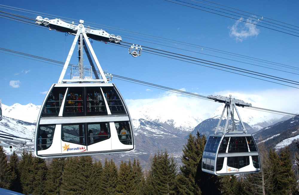 The Vanoise Express ski lift connects the resorts of Les Arcs and La Plagne