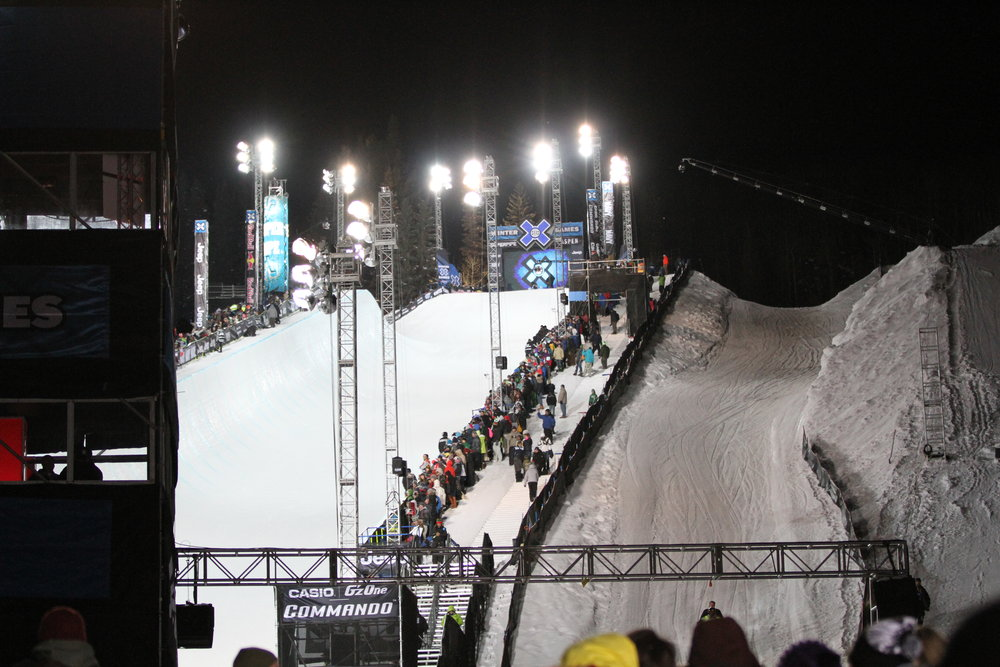 Lit up against the night sky, the SuperPipe was ready for primetime on Sunday night.