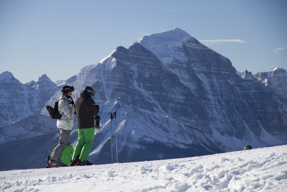 Skiing Lake Louise offer views of Temple Mountain and Bow Valley.