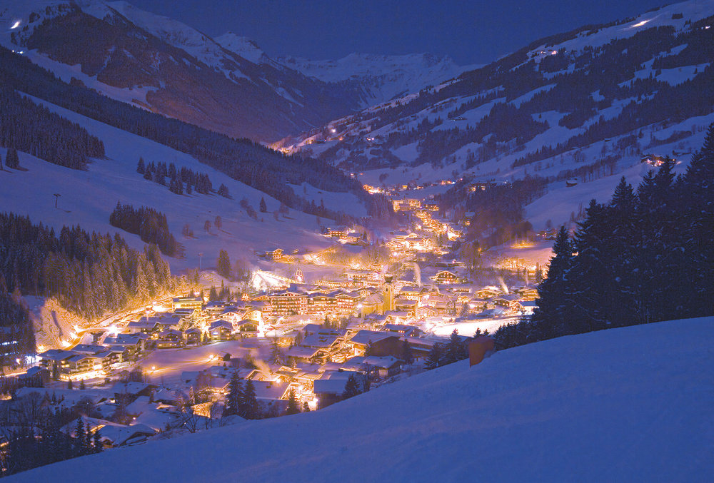 The Austrian village of Saalbach Hinterglemm at night.