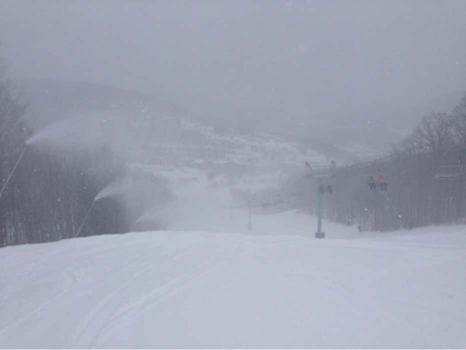 made the trip up from pittsburgh to holiday valley because they actually use there snow guns up here