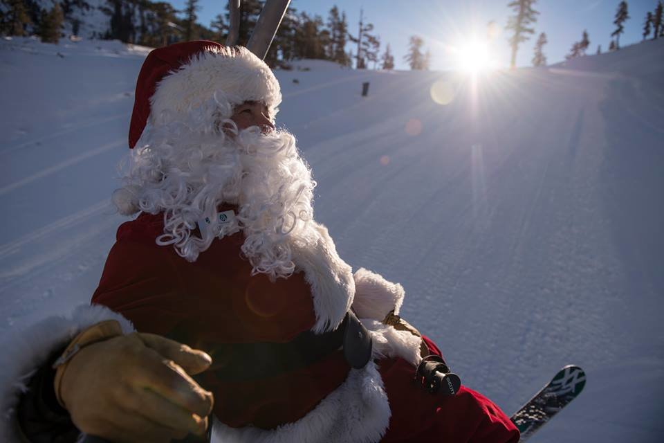 Santa enjoying the slopes of Alpine Meadows