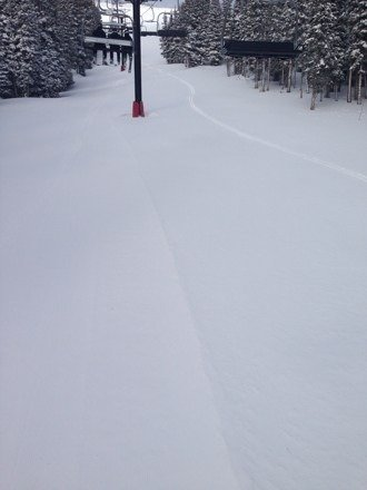 First trax by pro free ride skier nick Hinton. Treating this Mtn like a prostitute on a navy ship - tearing it up!