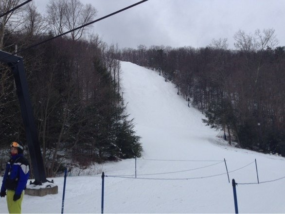 Haven't been to montage in years. I'll be back. Excellent conditions yesterday. Mad elf on tap and those buffalo chicken bites GOOD LORD. Get faster lifts and i'll never ski another mountain in PA again