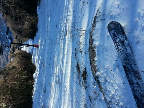 pretty boney on paradise and lift lines. cruising good if you pick your lines. no crowds. good day. send snow.