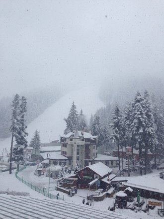 Arrived today, more snow has fallen. Conditions are looking great, can't wait to get out there tomorrow.