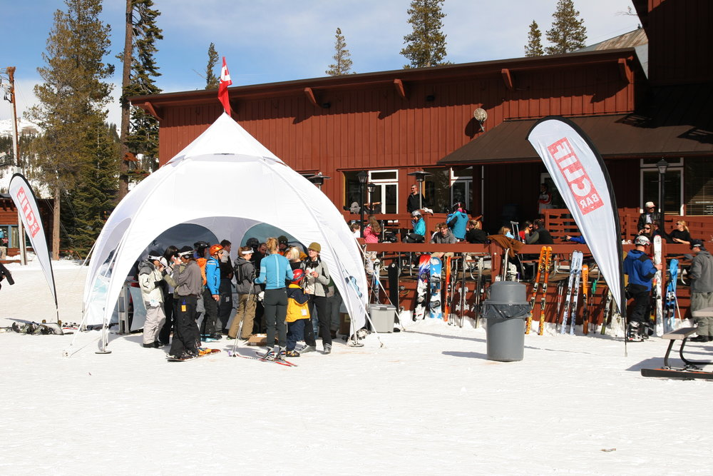 Skiers enjoying apres-ski at Clif Bar