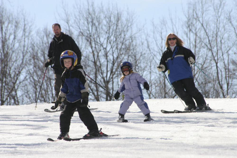 A family skiing at Shawnee Mountain, PA.