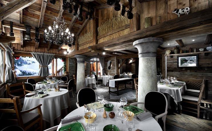 La Bouitte dining room in St. Martin de Belleville - ©La Bouitte