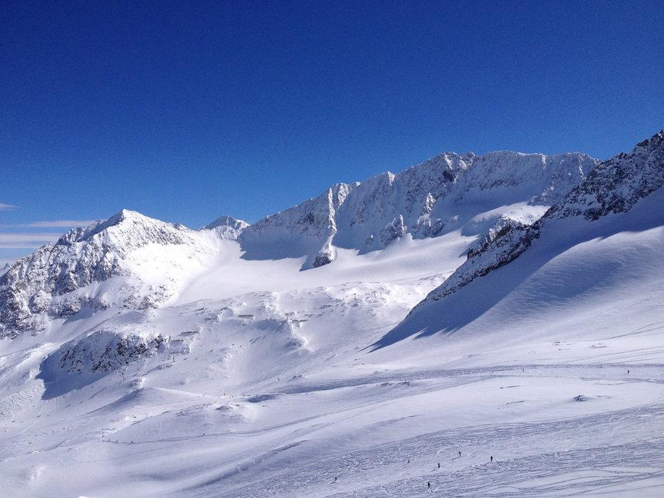 Stubai glacier March 6, 2014 - ©Facebook-Fanpage Stubaier Gletscher