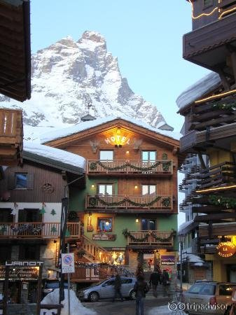 Hotel meuble gorret cervinia breuil for Hotel meuble furggen cervinia
