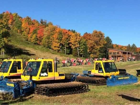 My favorite fall sights ... Groomers, snowmaking machines and fall colors.