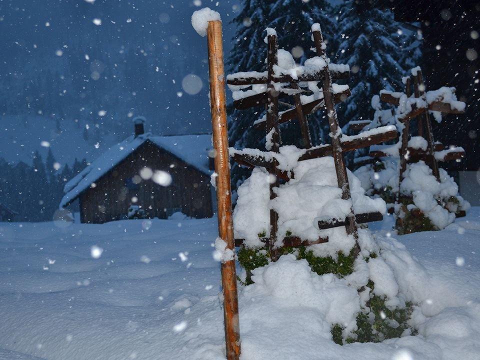 Viel Neuschnee gab es am 23.10. im Kleinwalsertal - ©Kleinwalsertal