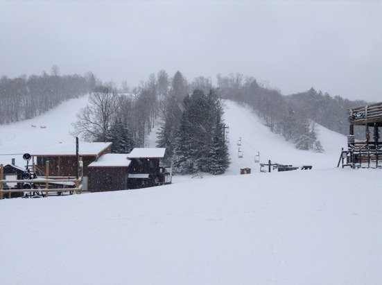 Snow at Ski Brule, 3 new inches and we're 100% open!