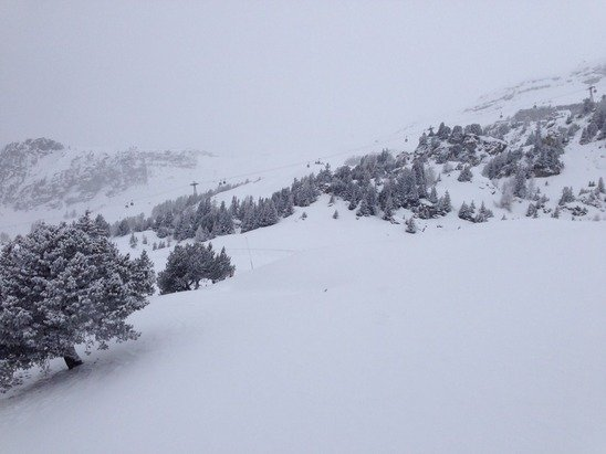 Snowed on and off for 12 hrs. Great for pistes, good base for