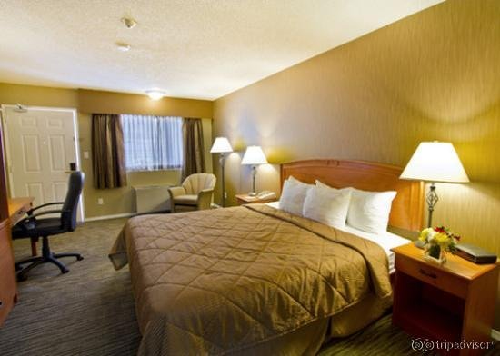Comfort Inn and Suites North Vancouver