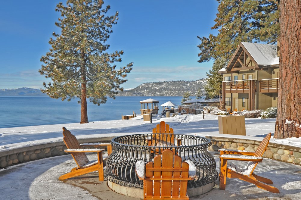 Relax at the fire pits overlooking Lake Tahoe at the Hyatt Regency this winter. - ©Hyatt Regency Lake Tahoe