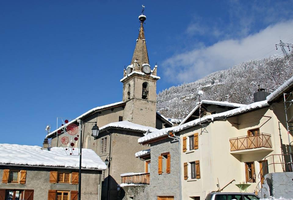 Quiet, pretty village of Orelle in Les 3 Vallees - ©Orelle
