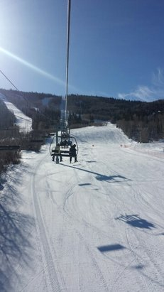 Powderhorn - take 4 lift is broke. sitting here for 30 minutes and have only moved as far as the terrain park.  - ©stonyrice