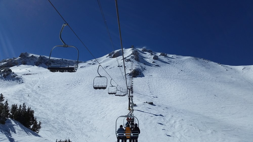 Wide open bowls and technical terrain off Mammoth's awesome Chair 23. - ©Heather B. Fried