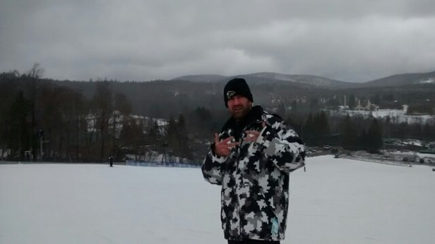 Mount Snow - was really nice day. snowed up top most of the day. got slushy around 3pm. cant wait for tomorrow ;)!!