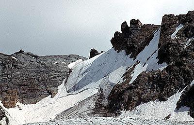 Detail des Westgrats, der zum Dom (4545m) hinaufzieht - ©Bernhard Mühr, weltderberge.de