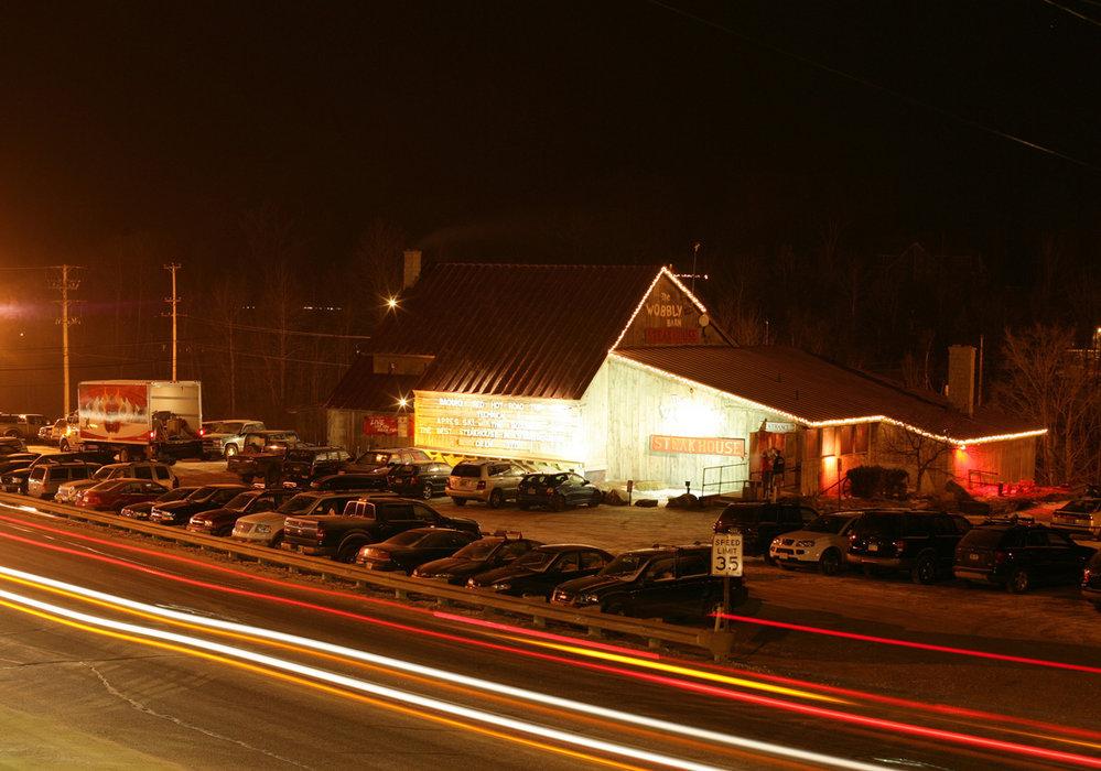 the wobbly barn restaurant in killington vt onthesnow