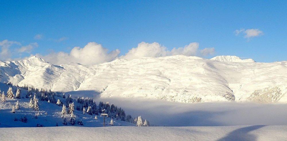 Livigno, neve fresca 15.10.15 - ©Carosello 3000 Skiarea Livigno Facebook