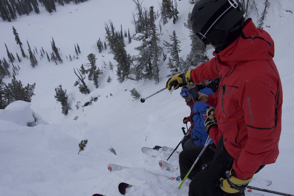 Checking out a chute at Kicking Horse. - ©Antoine Caron Cabana
