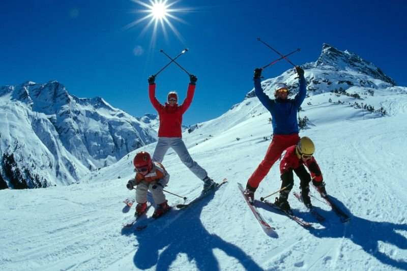 Skiers having fun in Galtur