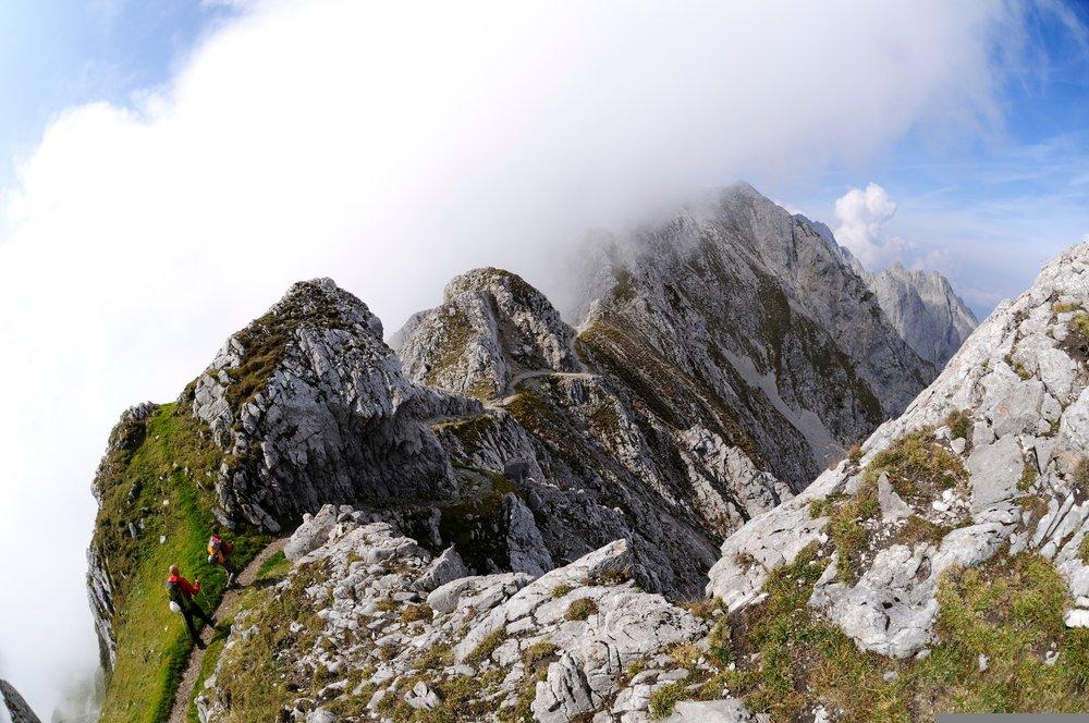 Auf dem Goetheweg trifft man schonmal ab und zu auf die ersten Wolkenschichten - ©Norbert Eisele-Hein