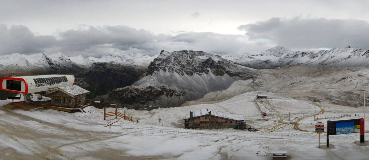 Prima neve in Val d'Isère (15.09.16) - ©Twitter Romu Radio ValdIsère
