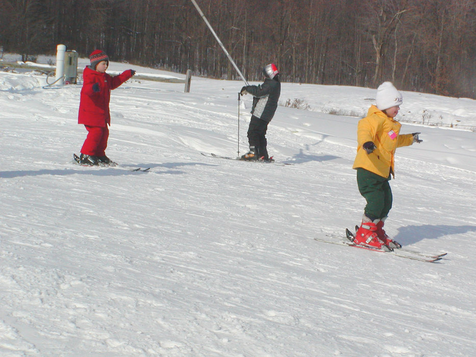 Kids skiing at Alpine Valley, Ohio.