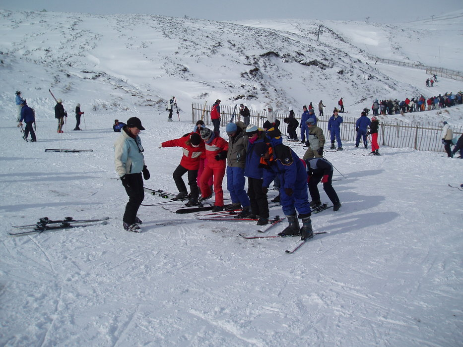 A group of skiers receiving lessons at Glenshee, Scotland. Copyright: Cairnwell Mountain Sports
