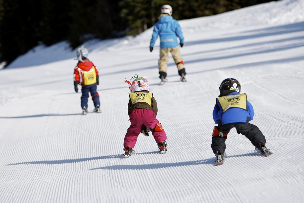 Kids learning to ski at Whistler Blackcomb (copyright: Toshi Kawano)