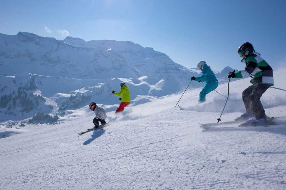 Family skiing in Adelboden